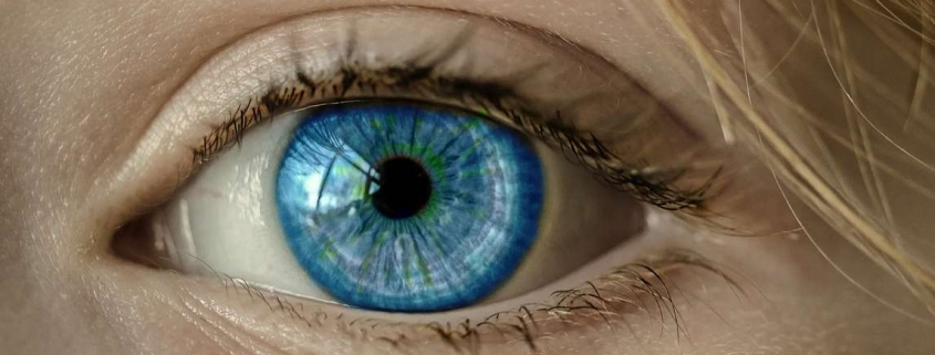 Dry eye syndrome and punctal plugs